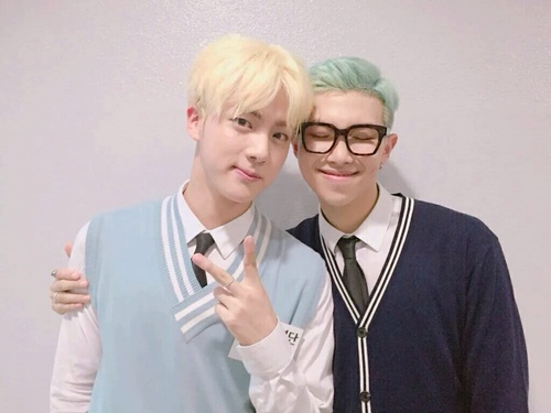 Jin y Rap Monster de BTS confirman su relación